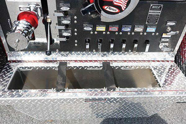 33603-panel2-tray