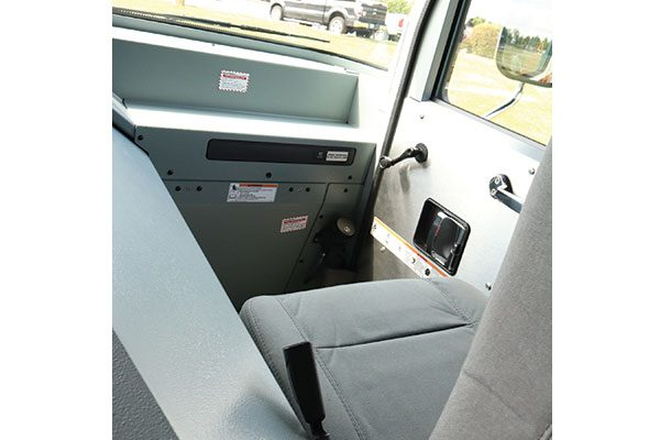 33603-pass-seat