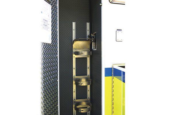 FPG012675-O2-rack
