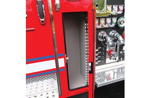 33238-compartment2