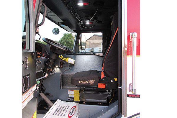 33436-driver-seat