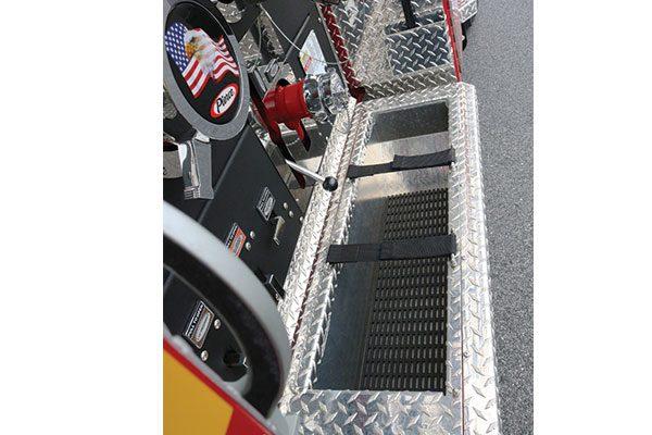 33465-panel1-tray