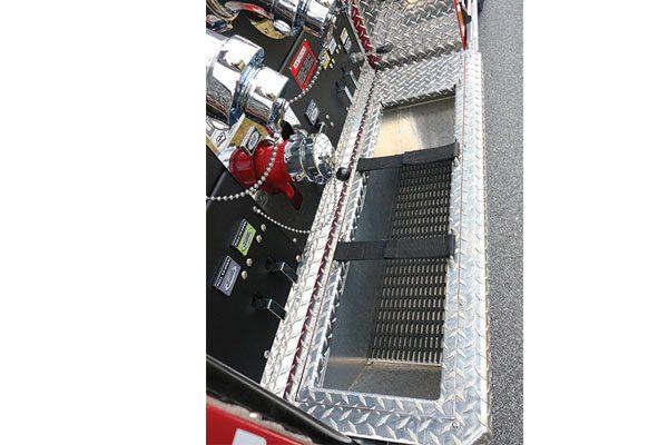 33465-panel2-tray
