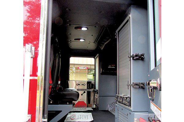 33473-interior2