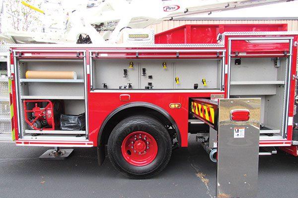 BETHLEHEM CITY FIRE DEPARTMENT - Pierce Enforcer Ascendant Aerial Ladder 33473
