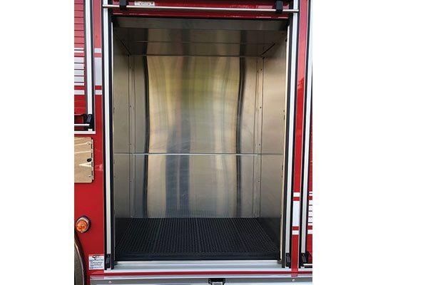 33649-compartment3