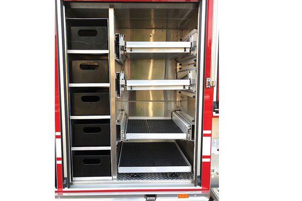 33649-compartment4