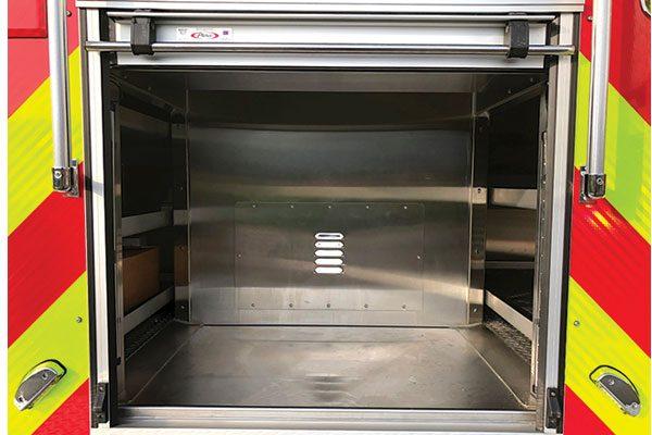 33649-rear-compartment1