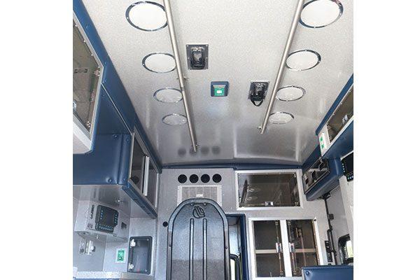 B08013-interior7