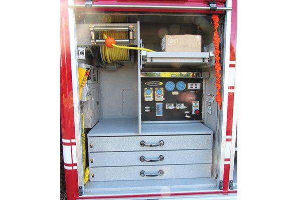 33187-compartment3