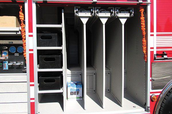 33187-compartment4