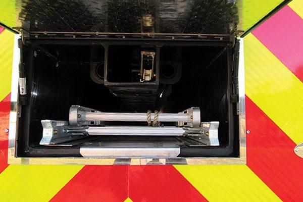 33293-rear-compartment