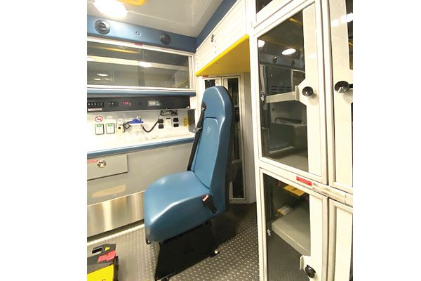 F19P-966-interior3