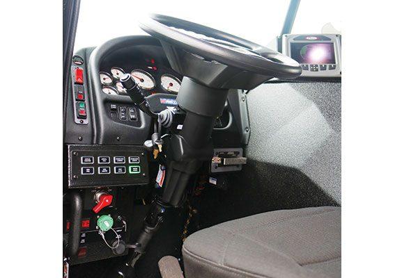 33308-interior5