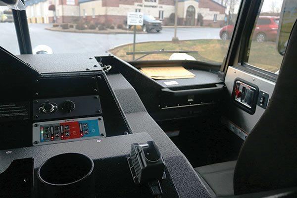 33308-interior7