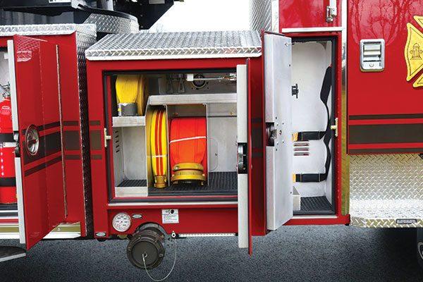 33308-right-compartment6