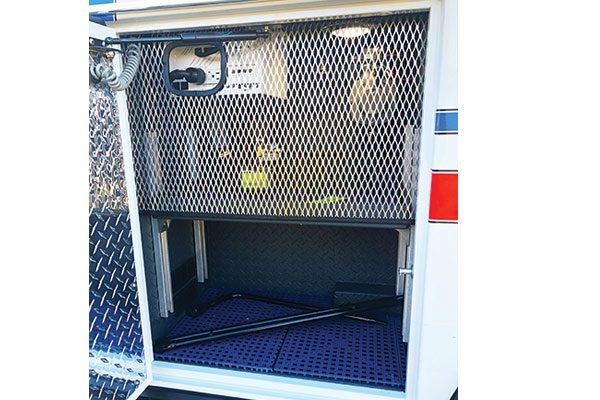 FPG12867-compartment3