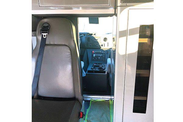 FPG12867-interior2
