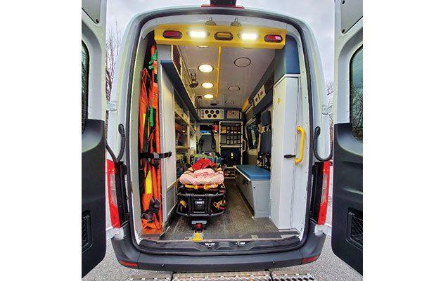 M19-566-interior3