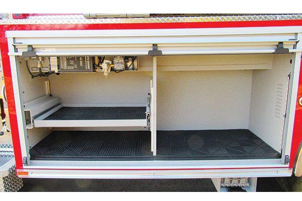 33424-compartment1
