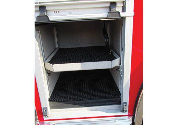 33424-compartment4