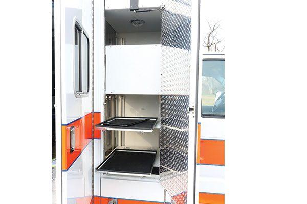 FPG13153-compartment2