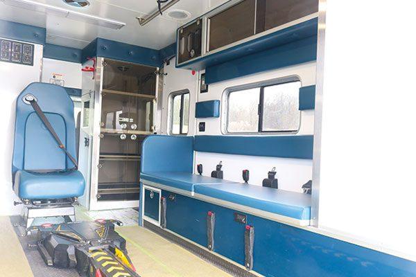 FPG13153-interior2