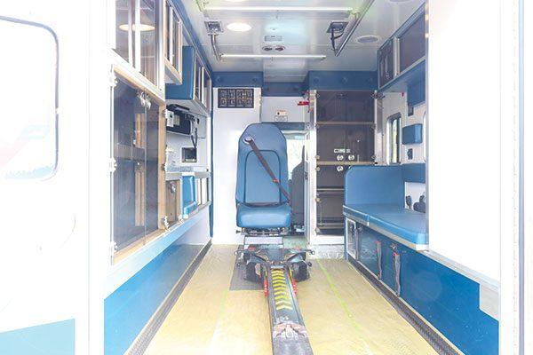 FPG13153-interior4