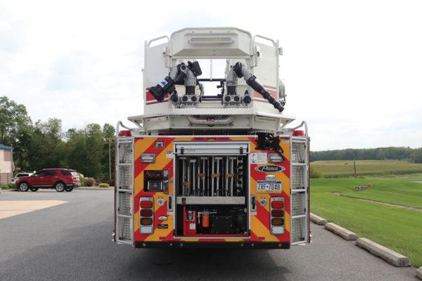 33313-rear-open1