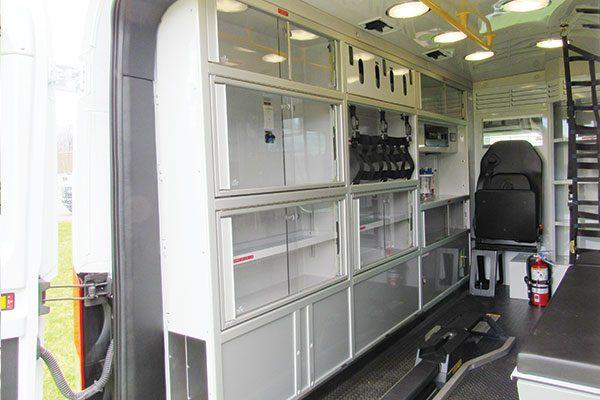 F19-2487-interior5