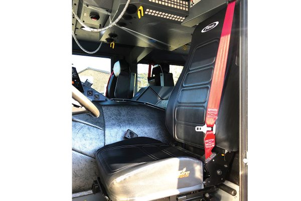 33413-driver-seat
