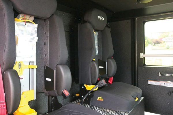 34249-interior3
