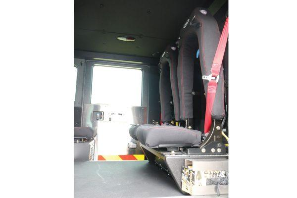 33558-interior1