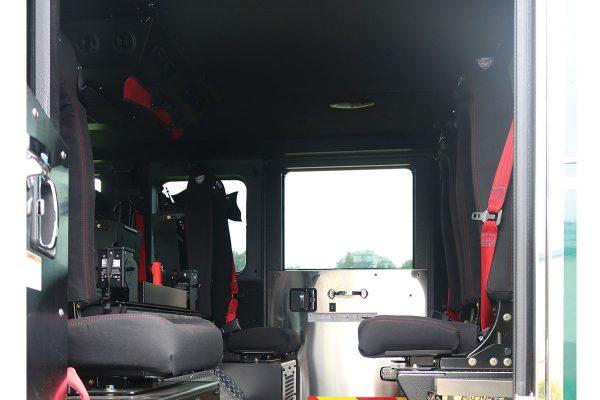 33558-interior5