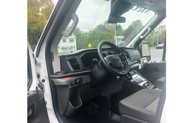 F20-2607-cab-drivers