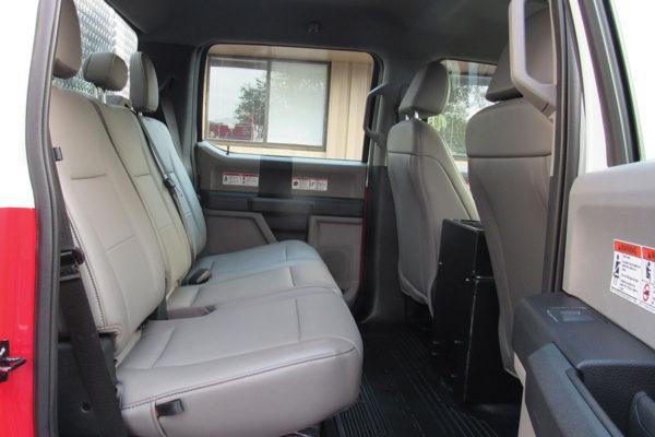 34382-cab-rear1