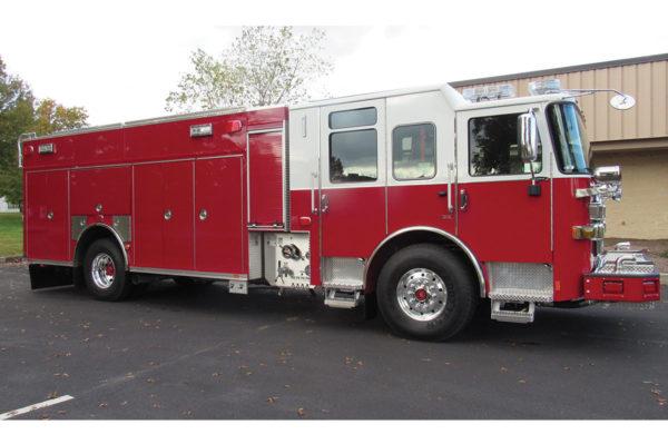 LEVITTOWN FIRE COMPANY No 2 Pierce PUC Rescue Pumper