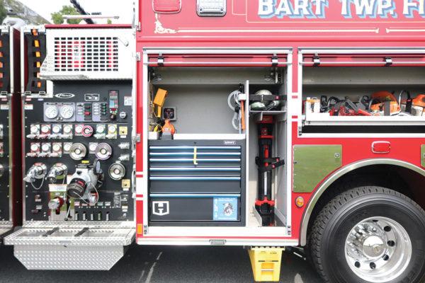 34604-left-compartment2