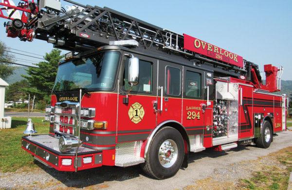 RALPHO FIRE COMPANY Pierce Enforcer 107' Ascendant Heavy-Duty Ladder