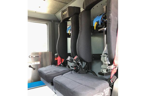 34930-interior3