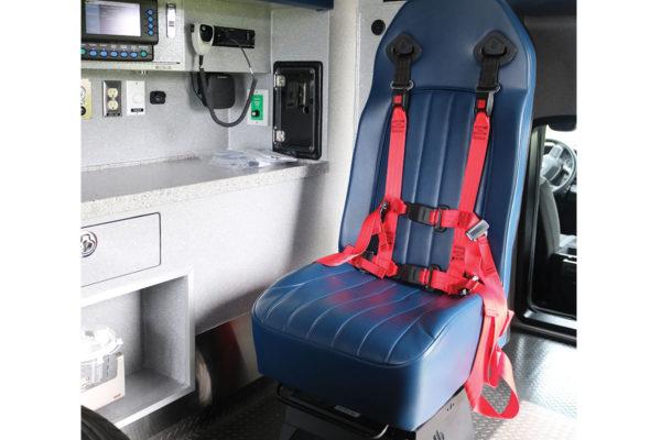 B08014-interior1