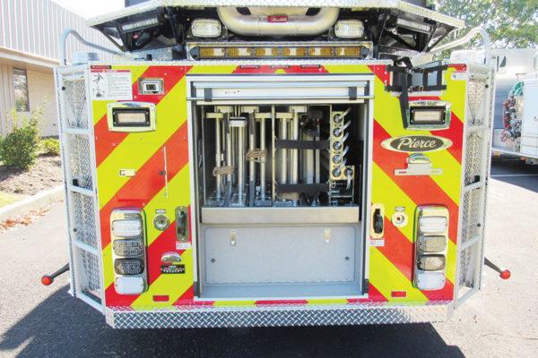 34580-rear-open