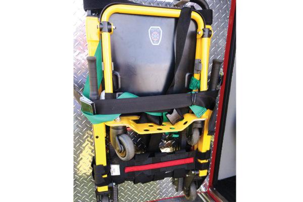 B08313_4-stair-chair