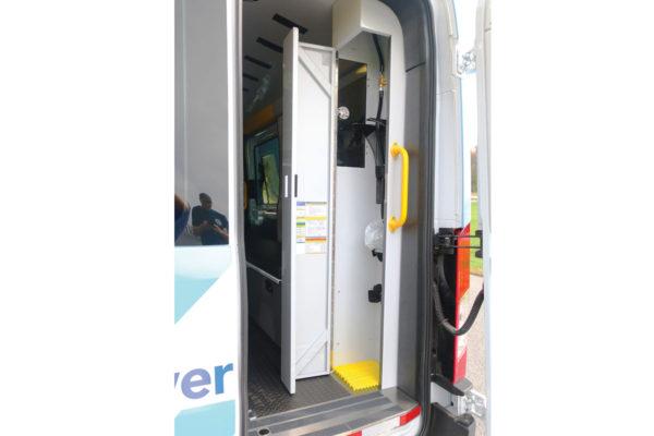 F19-2611-O2-compartment