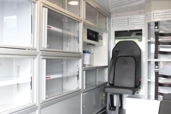 F19-2611-interior3