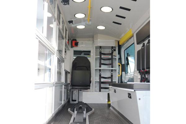 F19-2611-interior4