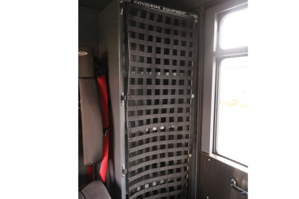 35033-interior-cabinet2