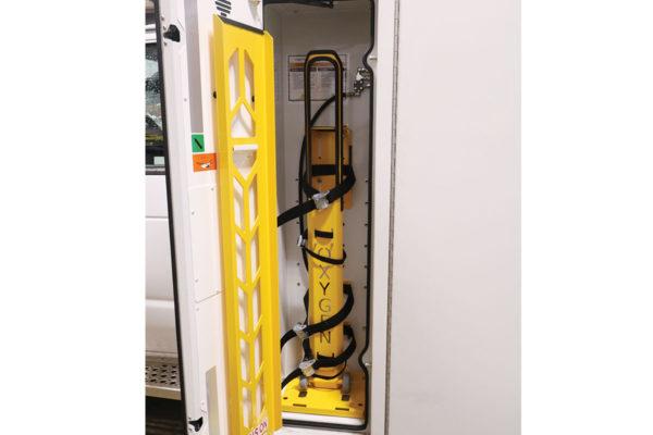 CCL-F21C-20112-left-O2-compartment