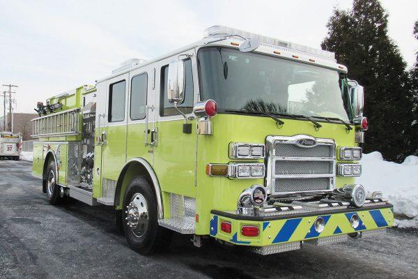 BROOKLINE FIRE COMPANY Pierce Enforcer Pumper