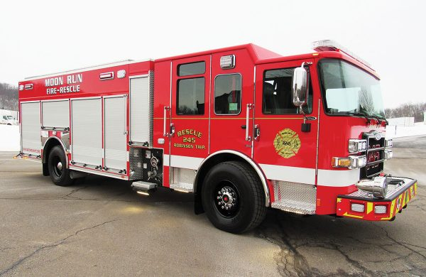MOON RUN VOLUNTEER FIRE CO Pierce Enforcer PUC Pumper